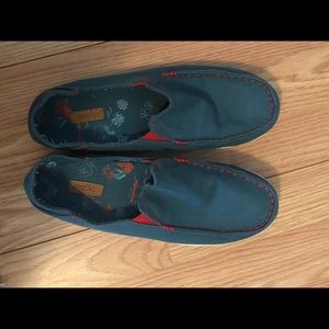 OluKai Women's Slip-ons Size 9